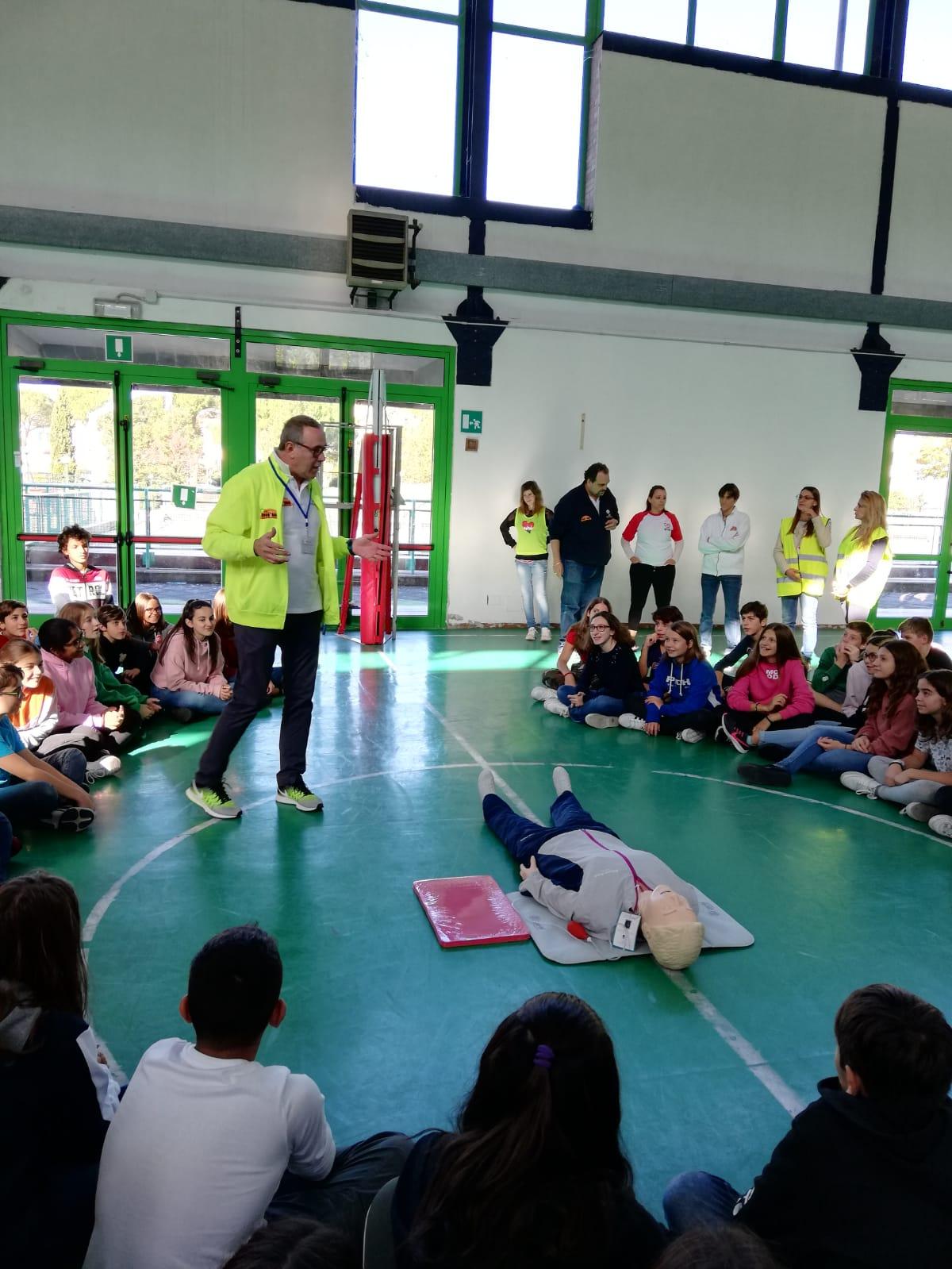 Scuola media F. Tozzi